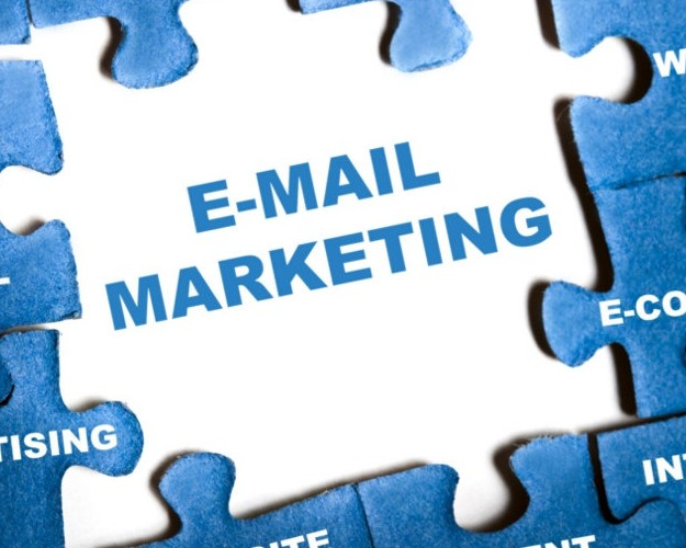 email-marketing-puzzle-pieces