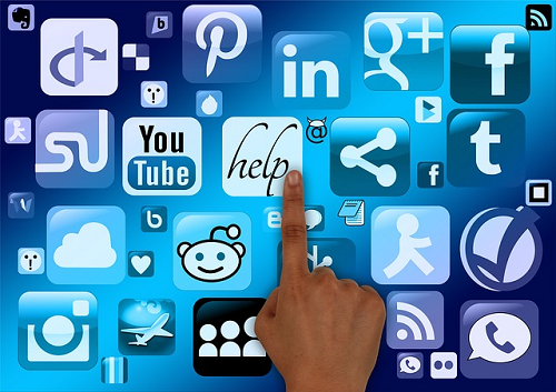 brand loyalty, social media icons